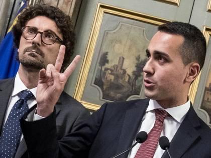 """Di Maio: """"Decreto per voto a giugno"""". Giorgetti: """"Non c'è trattativa"""""""