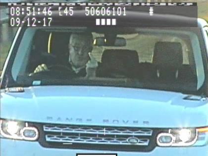 Gesti osceni all'autovelox: automobilista condannato