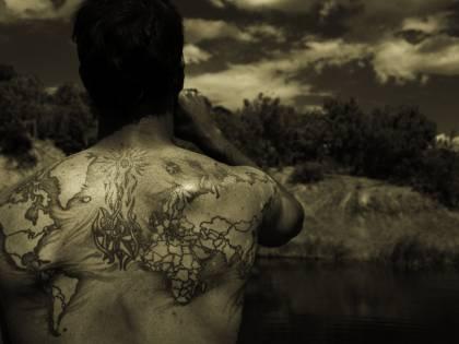 Omicidi, amori, misteri I tatuaggi sono  romanzi