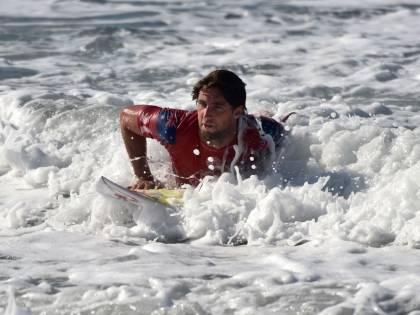 Sempre più surfisti con diarrea e vomito. Colpa dei batteri fecali