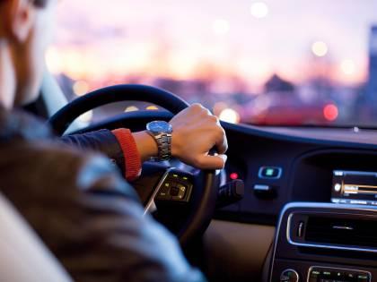 Il Cnel vuole modificare il codice stradale