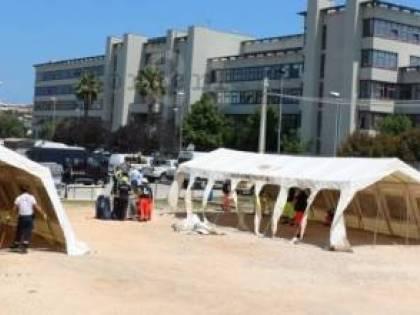 Tribunale di Bari, rinviati i processi nelle tende