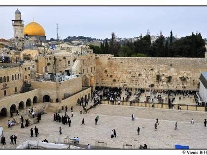 Gerusalemme e Tel Aviv: i due volti di Israele tra Sacro e Profano