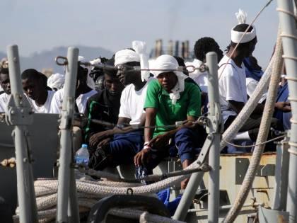 """Migranti, le registrazioni inchiodano Malta: """"Ci è stato negato il porto"""""""