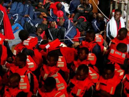 """Migranti, il business di Malta: """"88mila visti venduti ai libici"""""""