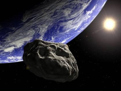 Asteroide passato inosservato, ha sfiorato la terra