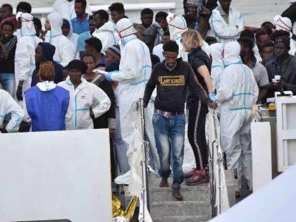 """Migranti, Salvini va in Tunisia: """"Pronto il piano per i rimpatri"""""""