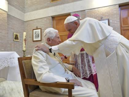 Benedetto XVI ha scritto ancora: l'ultima opera del Papa emerito