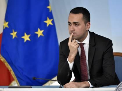 """Il sindaco sfotte Di Maio: """"Con lei farò attenzione ai congiuntivi"""""""