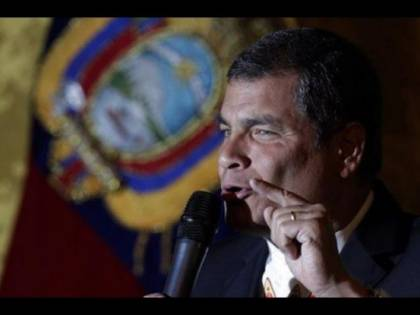 Rafael Correa raggiunto da mandato di cattura internazionale