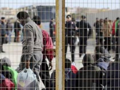 Baraccopoli di Foggia, tre giovani africani feriti in una rissa