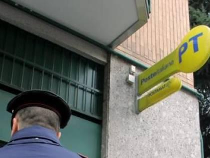 Impiegata delle Poste aggredita con ascia