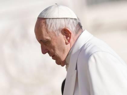 """Papa Francesco modifica il Catechismo: """"Pena di morte inammissibile"""""""