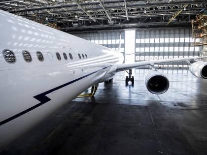 Debiti e società alle Cayman: le ombre sull'Air Force Renzi