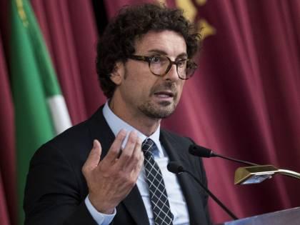 """Toninelli annuncia i vertici Fs: """"Battisti ad e Castelli presidente"""""""
