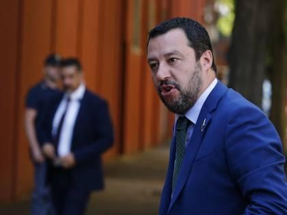 """Salvini: """"Restituirò la libertà all'Italia"""""""