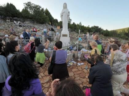 Ritrovata in un canneto la statua della Madonna di Medjugorje