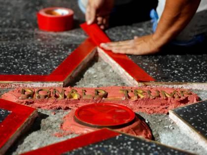 Hollywood vuole la rimozione della stella di Donald Trump