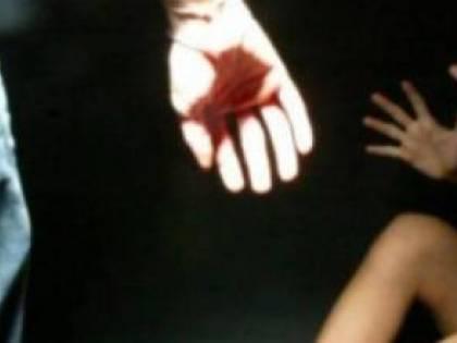 Salerno, donna si cala nuda dal balcone per sfuggire alla violenza del compagno marocchino