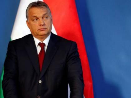Orban vieta il cibo ai migranti che non hanno diritto ad asilo
