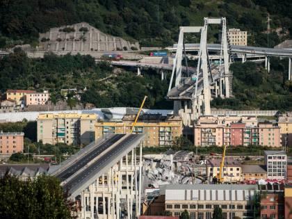 Ponte Morandi, dal crollo nasce una storia d'amore: lui 86 anni, lei 83
