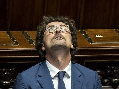 "Toninelli sbanda ancora su Autostrade: ""Ignobili"""