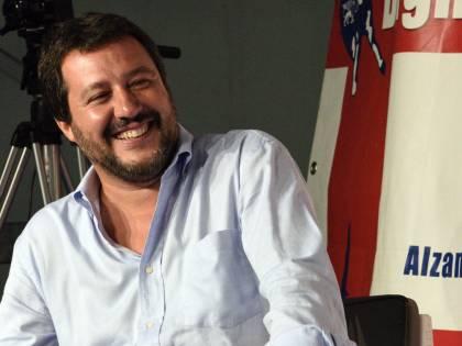 """Giorno di festa per Salvini: """"È nato mio nipote"""""""