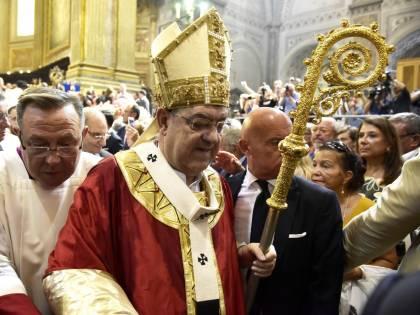 Alla festa di San Gennaro malore per il cardinale Sepe