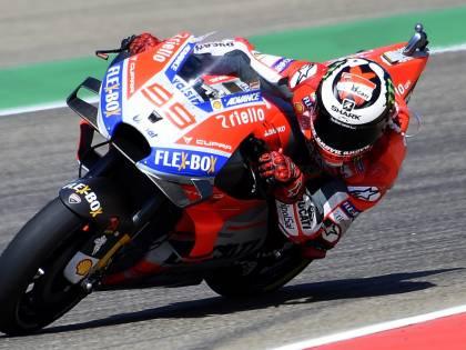 Motogp, Aragon: Lorenzo in pole davanti a Dovizioso e Marquez. Disastro Rossi