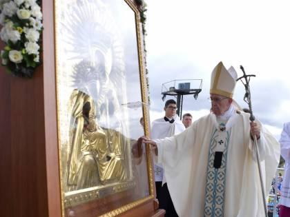 """Papa Francesco adesso critica le """"società tecnocratiche"""""""