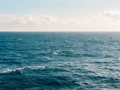 Corsica, incidente in mare tra due navi: sversato in mare olio e carburante