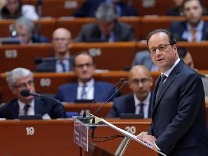 """Hollande accusa il premier indiano: """"Favorì azienda di un amico"""""""