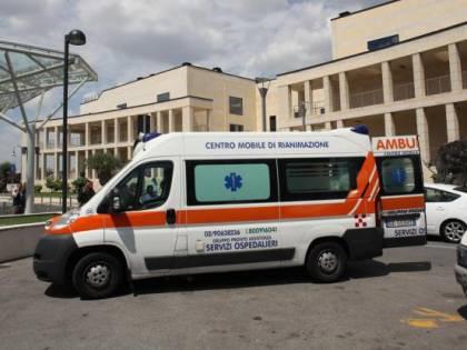 Bergamo, cade dal balcone mentre gioca: grave bimba di 3 anni