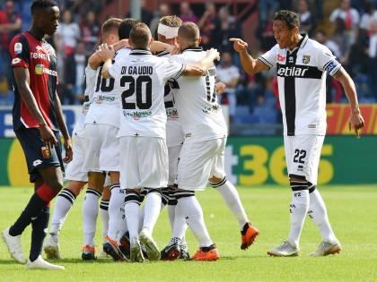 Il Parma vince 3-1 in casa del Genoa: gol e spettacolo a Marassi