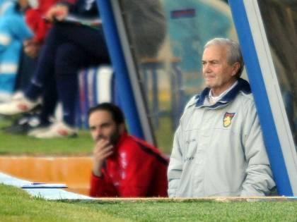 Addio all'allenatore Gigi Simoni
