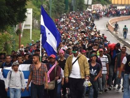 Il Messico blocca migliaia di migranti honduregni verso gli Usa