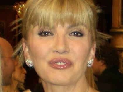È morto Luigi Carlucci, padre di Milly, Gabriella e Anna