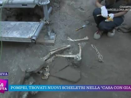 Pompei, scoperti scheletri di sei persone nella casa dov'è stata trovata l'iscrizione