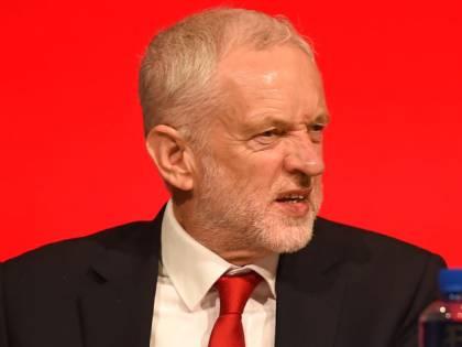 Regno Unito, lo scandalo parentopoli travolge il Partito laburista