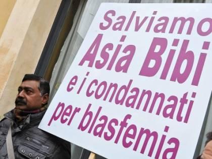 Lega, Fratelli d'Italia e cattolici al Campidoglio per Asia Bibi