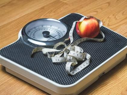 Più volte ci si pesa e più si riesce a dimagrire