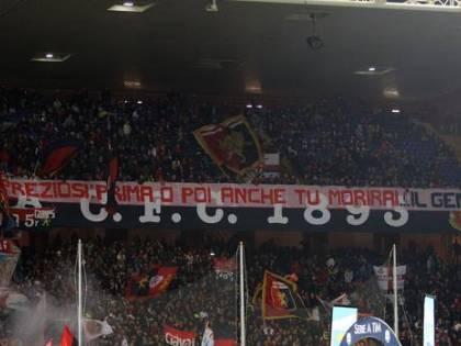 """Ultras Genoa, striscione choc contro Preziosi: """"Anche tu morirai"""""""