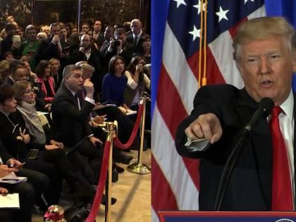 Trump toglie l'accredito al giornalista scomodo e la Cnn fa causa alla Casa Bianca