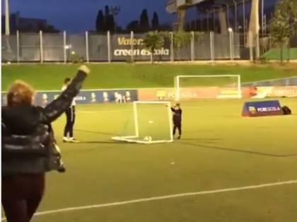 Piqué junior segna un gol: Shakira si scatena nell'esultanza