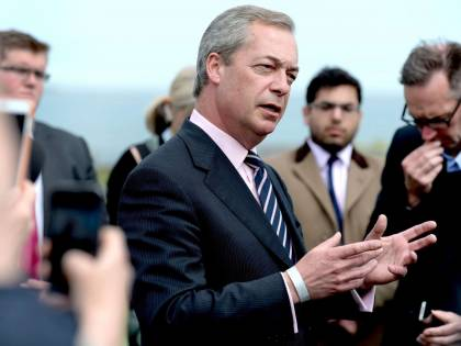 """Gb, Nigel Farage lascia l'Ukip: """"Il partito è troppo islamofobo"""""""