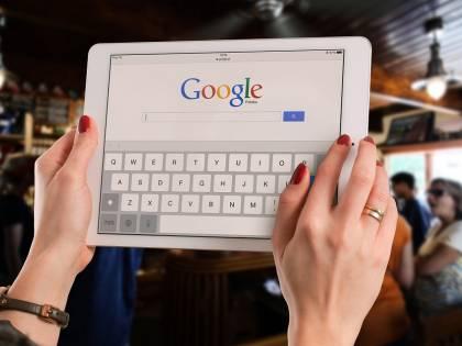 """Congresso Usa contro Google: """"Nasconde notizie favorevoli a Trump"""""""