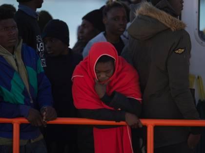 Migranti, lo certifica Cottarelli: Salvini risparmia 1 miliardo