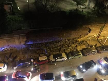 Roma, crolla una parte di muro di Villa Mercede nel quartiere San Lorenzo