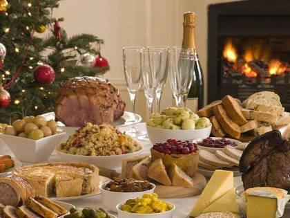 Natale in tavola, 10 miliardi di spesa fra tradizione e mix di gusti