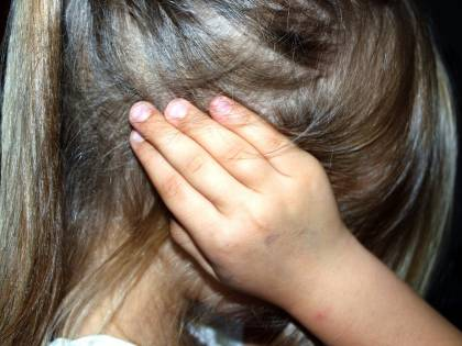 "Nonna strangola i nipotini: ""Erano posseduti dai demoni"""